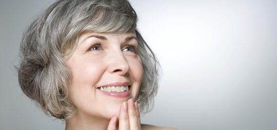 Mujer en edad de climaterio y menopausia