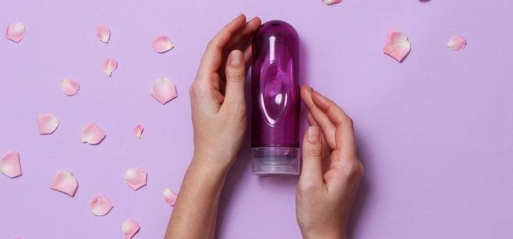 Los lubricantes artificiales son muy útiles para las relaciones sexuales