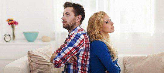 Pareja en trámites de divorcio