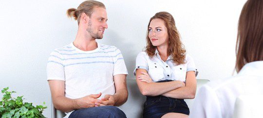 Acudir a terapia: una alternativa al divorcio