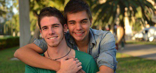 Dos chicos gays