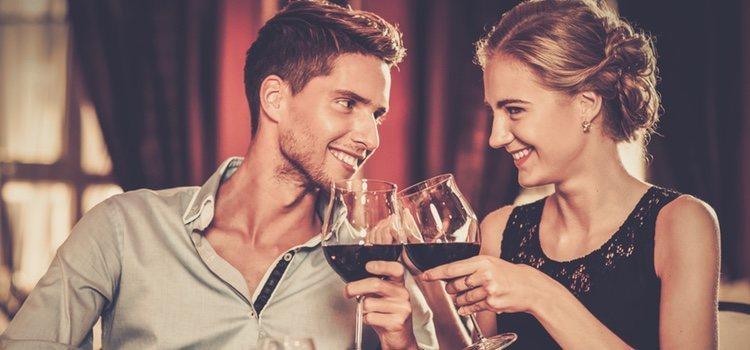No se puede pretender ser una persona que no es en una cita