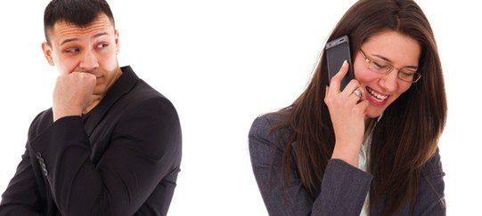 El adulterio es una de las causas por las que se mantiene una relación a distancia