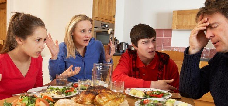 Es normal que haya conflictos familiares pero solucionándolos no tienen por qué ir a más