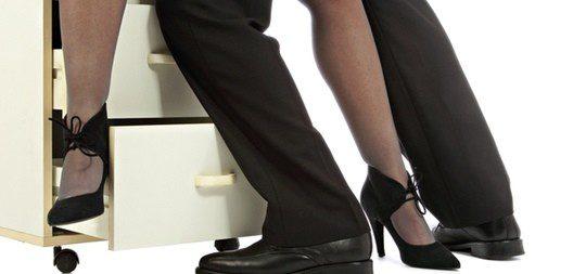 Practicar sexo en el trabajo puede tener consecuencias negativas