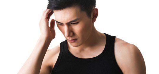 ¿Qué enfermedad es el pene curvado?