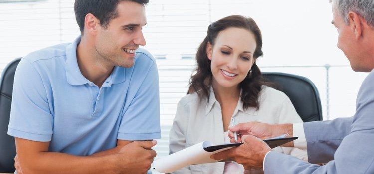 Conocer bien qué es un contrato prematrimonial es una ventaja para saber si beneficia o no