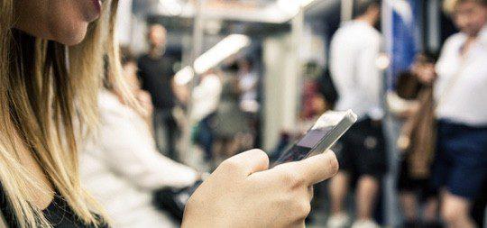 Grindr es la más conocida pero existen apps alternativas como Bender, Brenda, Tinder o Gayromeo