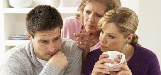 Hay que intentar que la relación son tu suegra no afecte a tu pareja