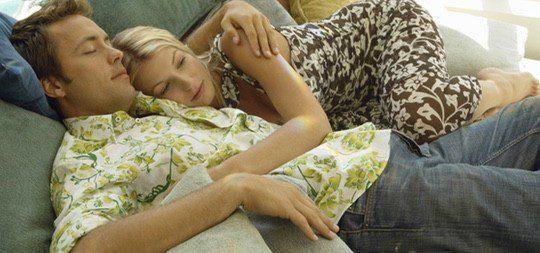 Quedarse en casa y disfrutar de un plan tranquilo también es una opción