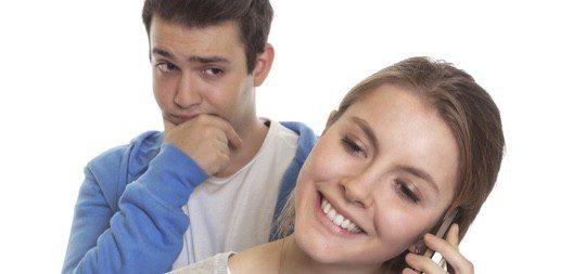 Intenta no controlar los apoyos de tu expareja en los amigos, es algo natural