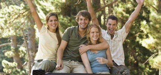 Las tensiones innecesarias debéis manejarlas entre vosotros, no con los amigos