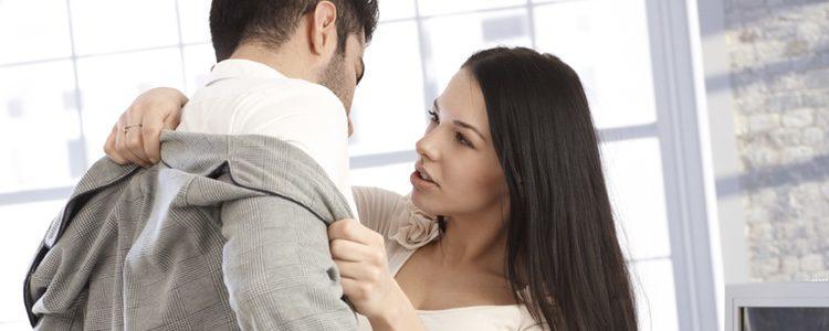 Sexo entre compañeros de trabajo: ¿ A favor o en contra?