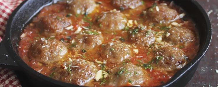 Ternera con salsa de almendras, rica y deliciosa