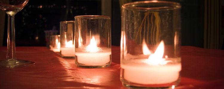 Velas de una cena romántico