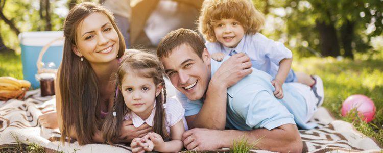 Escoge un plan de día y en familia con un buen picnicn