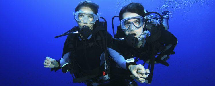 Submarinismo en pareja