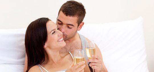 Sorprende a tu pareja en San Valentín con una noche de pasión sin prisas