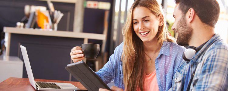 Puede que tu pareja solo utilice redes sociales solo para asuntos de trabajo