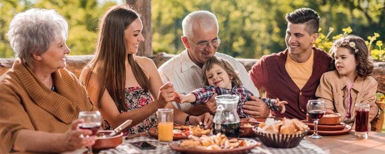 Lo importante de la convivencia con tus padres o suegros es mantener la cordura