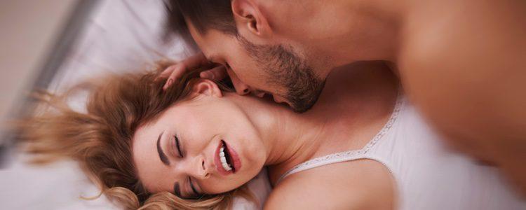 Lo mejor es hablar con tu pareja y realizar las prácticas sexuales que más os gusten