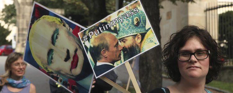 Putin ridiculizado a modo de protesta