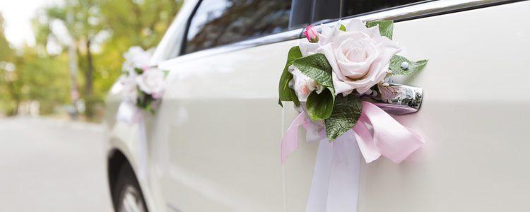 Centraros en otros preparativos como en el coche de bodas