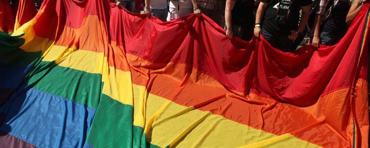 Aunque en algunos lugares la homosexualidad es legal, no lo es el matrimonio