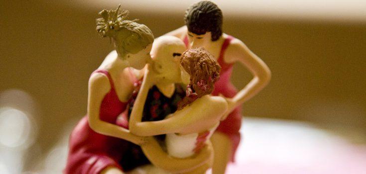 Una relación poliamorosa debe ser aceptada por todos sus integrantes