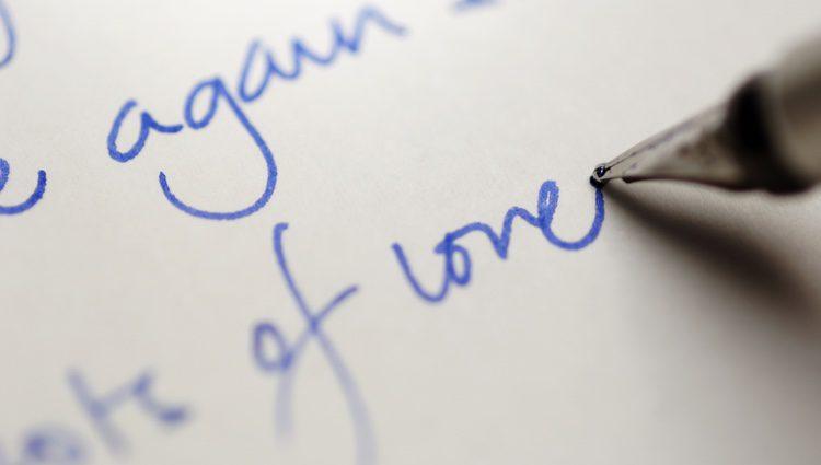 Una carta de amor es una buena opción para expresar tus sentimientos