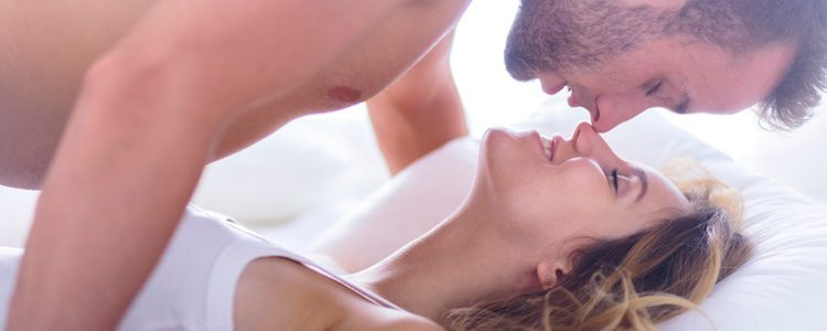 Solamente deberíamos realizarlo con parejas duraderas que conozcamos muy bien