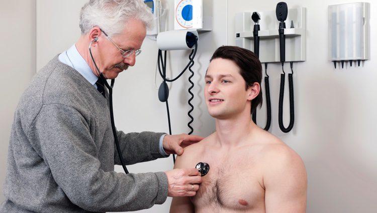 Es una filia sexual que sienten aquellas personas que se sienten excitadas a la hora de desnudarse ante un doctor
