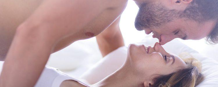 Hay posturas sexuales que mejoran las relaciones cuando se tiene el pene pequeño