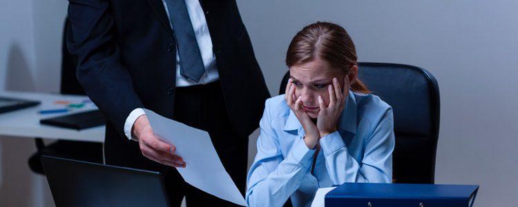 Puede afirmarse que son muchas las mujeres que actualmente sufren acoso laboral