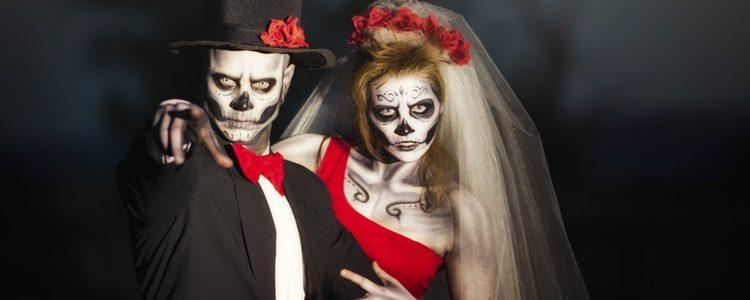 Hay multitud de disfraces que pueden ser geniales para compartirlos con tu pareja en Halloween