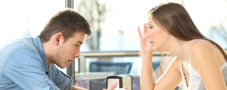 Hay que mantener una conversación de pareja sobre el punto G masculino