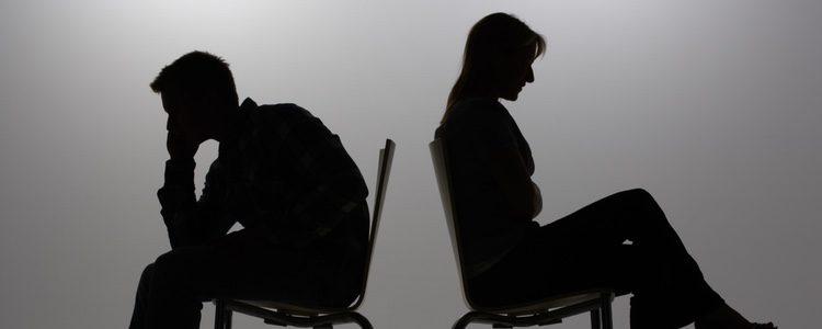 Debes ser sincera con tu marido y evitar los engaños que, sin duda, serán mucho más dolorosos