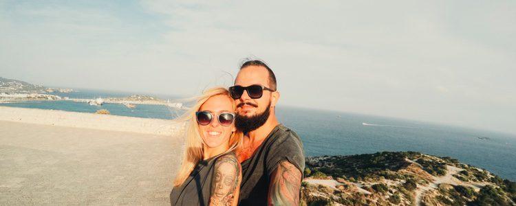 Hacerse un tatuaje no es la mejor manera de demostrar tu amor por tu pareja