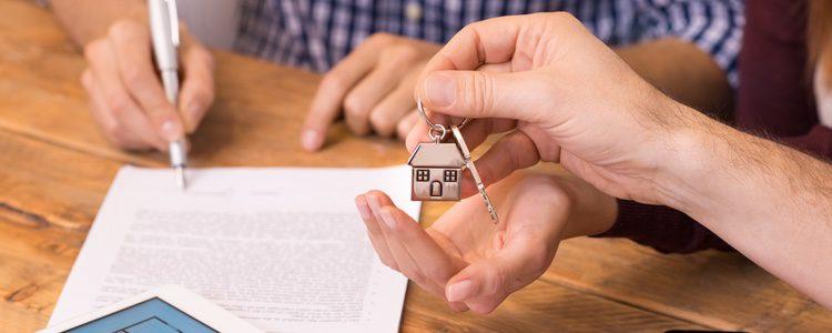Comprar un piso con tu pareja podría ser una decisión equivocada al no estar seguro del futuro que os espera