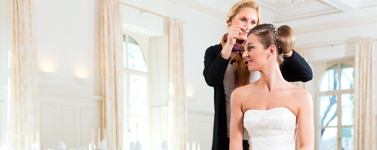Celebrar el enlace conlleva numerosos gastos y la wedding planner sería otro mayor