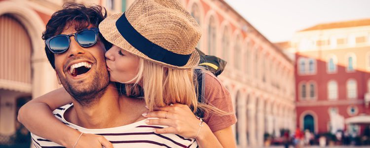 Debes plantearte que hacer con tu pareja si decides irte de Erasmus