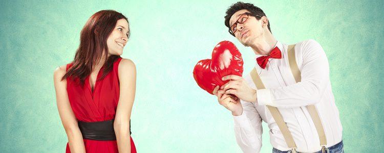Puede ser que se trate de un flechazo de enamoramiento o tan sólo de tensión sexual