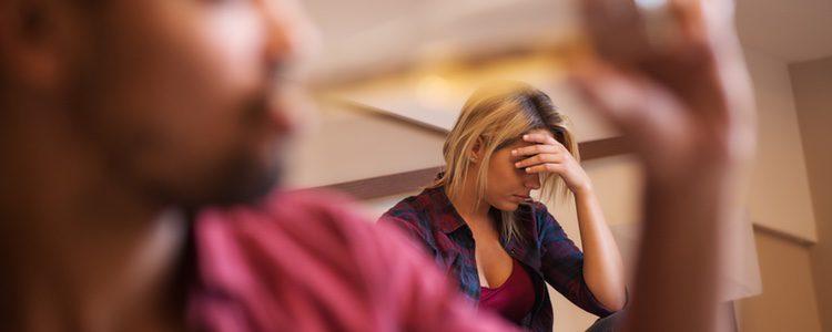 Tienes que concienciar a tu pareja sobre los problemas que ocasiona el alcohol