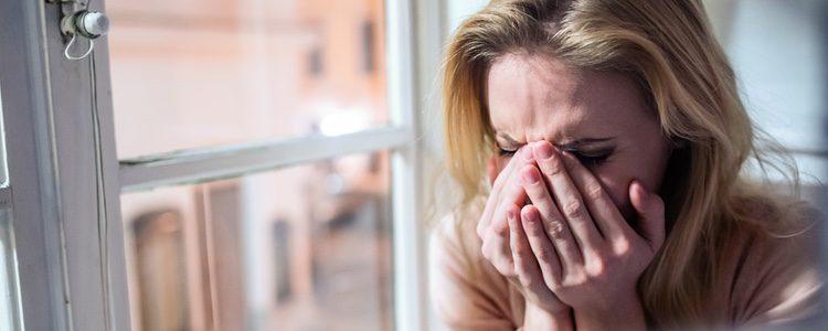 Si tu marido te ha abandonado para vivir la vida no merece que gastes una lágrima por él