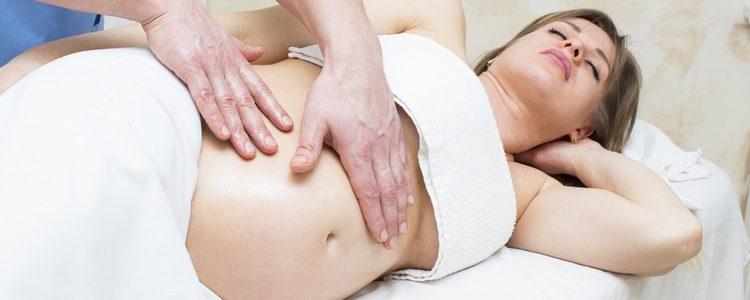 En la gestación subrogada la mujer sólo ofrece su vientre para gestar al bebé pero no tendrá ningún derecho sobre él