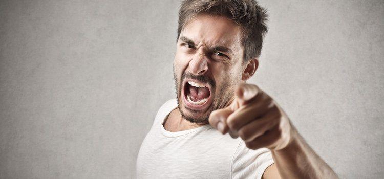 Es normal sentir rabia después de una traición pero no debes dejar que era rabia se apodere de ti