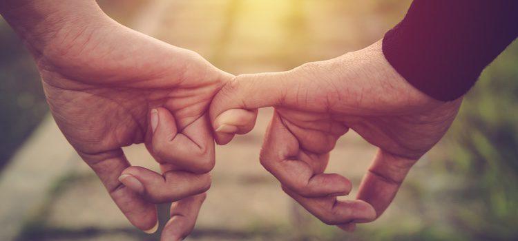 Las relaciones monógamas son las más habituales en la actualidad, pero últimamente el poliamor se abre paso