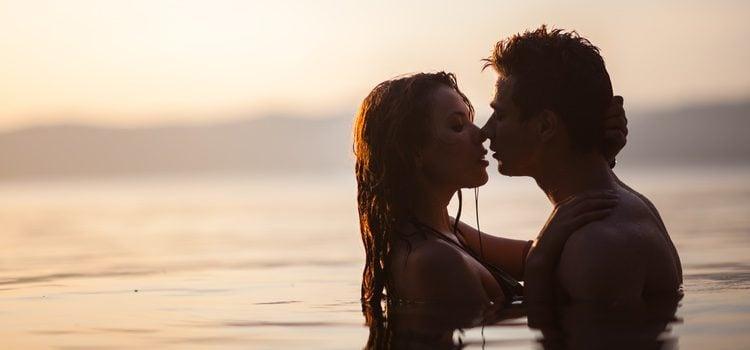 El agua puede ser un gran aliado para mantener relaciones sexuales