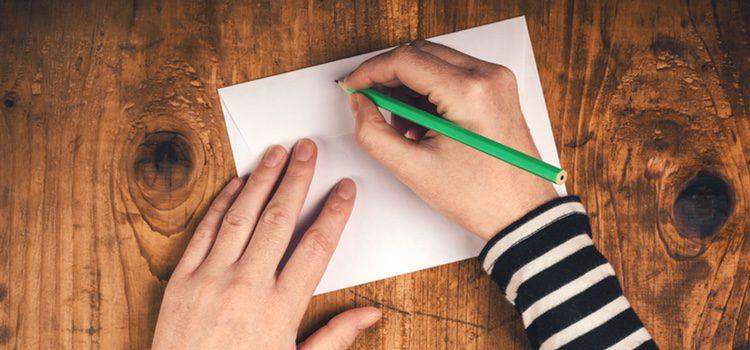 Dejar a alguien a través de una nota es muy rastrero