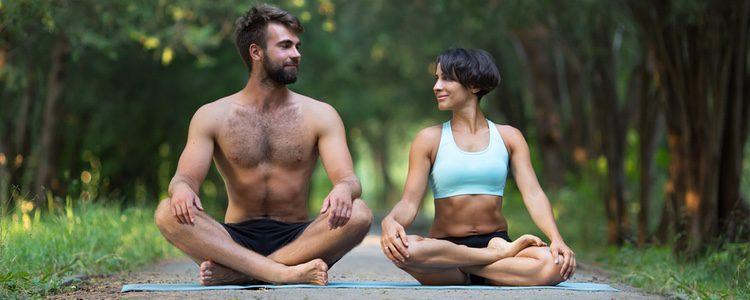 El tantrismo está relacionado con el yoga o la meditación debido a su carga física